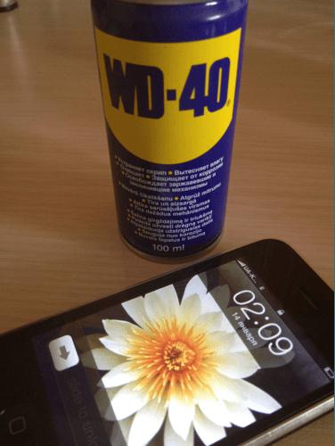Оказывается WD40 можно смазывать и iPhone